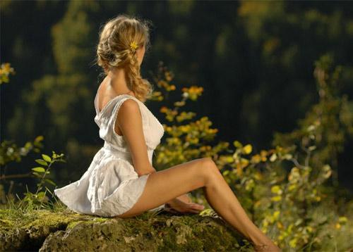 Девушка на природе …