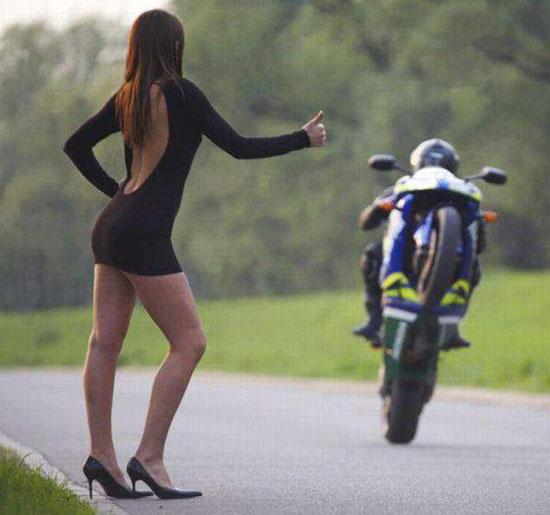 На такую и мотоцикл встает...