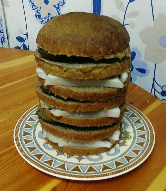 Мега сало бургер