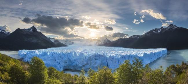 Ледяная кора озера