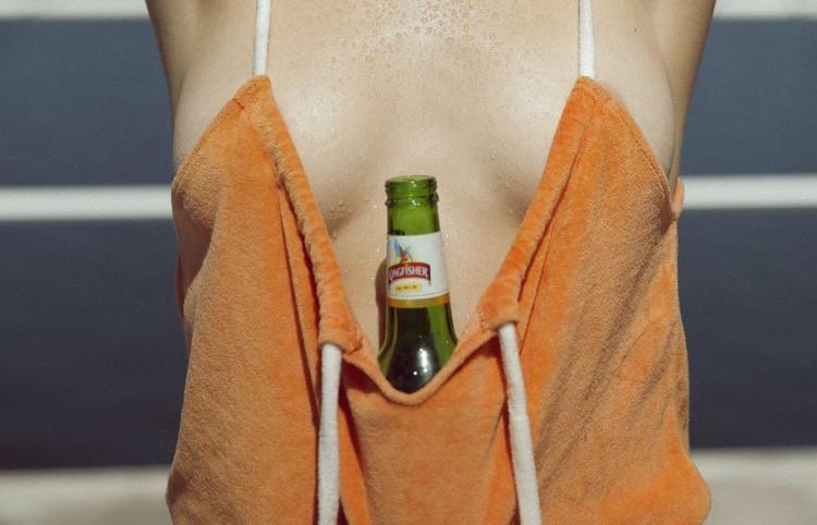 В жару спасает холодное пиво