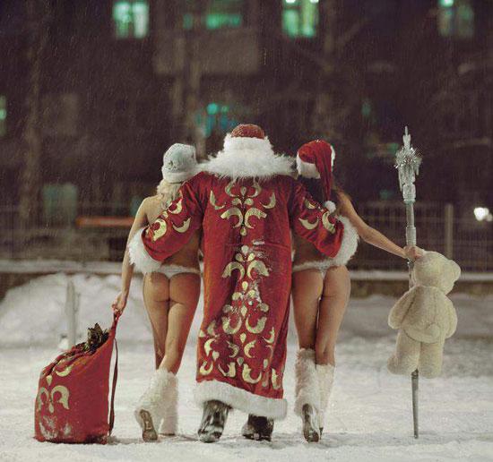 Дед мороз со снегурками на праздник к нам идет