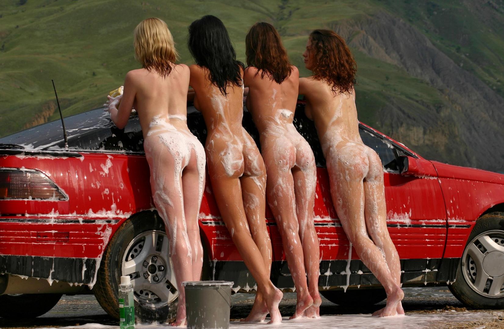 Самые смешные картинки голых