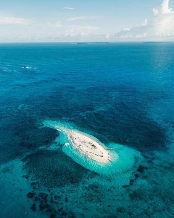 Остров-пляж