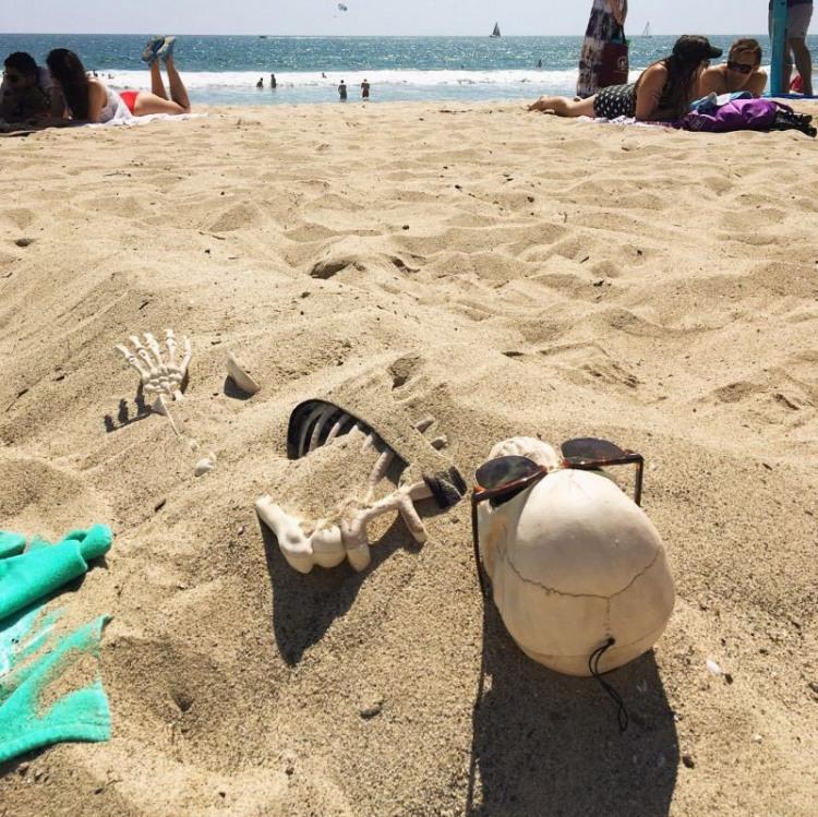 Переборщила с загаром на пляже